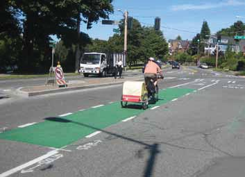 Contrasting Green Color Pavement in Seattle